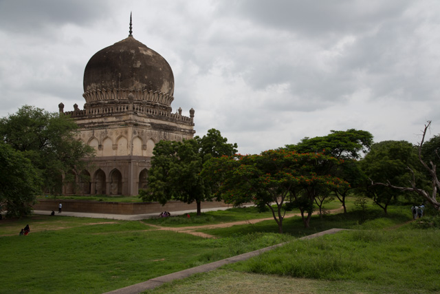 One of the (unspectacular) Qutb Shahi Tombs